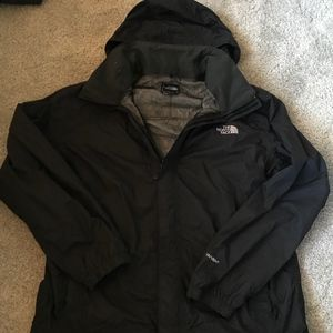 North Face mens windbreaker/rain jacket